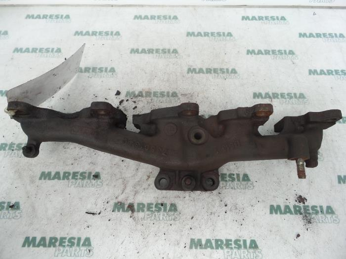 Exhaust Manifold From A Fiat Punto 2004: Fiat Punto 2004 Exhaust At Woreks.co