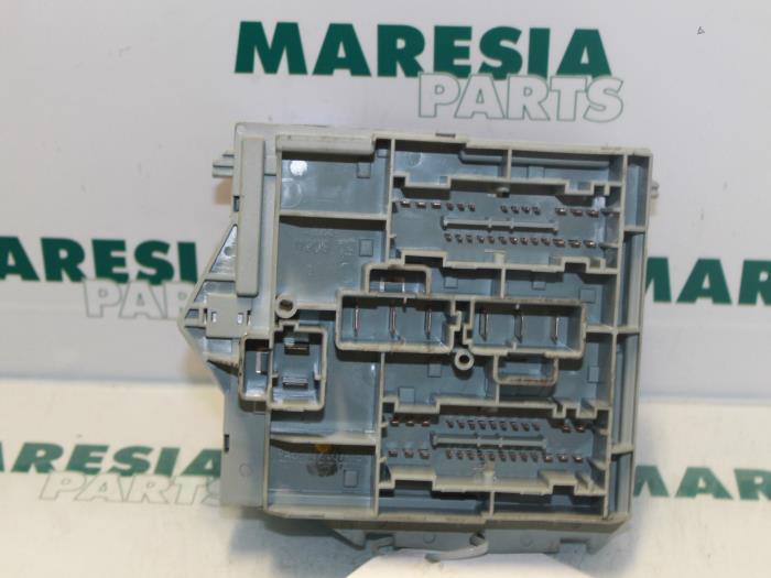 used fiat croma fuse box 51738102 maresia parts proxyparts com rh proxyparts com Fiat Tipo Fiat Campagnola