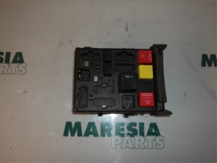 renault vel satis fuse box used renault vel satis  bj  3 0 dci v6 24v fuse box 8200148810  used renault vel satis  bj  3 0 dci v6