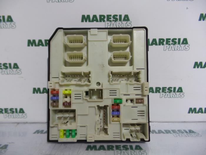 Renault Megane 1 5 Dci Fuse Box For Sale : Used renault megane iii grandtour kz dci fuse