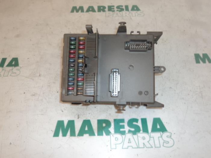 renault vel satis fuse box used renault vel satis  bj  3 5 v6 24v autom fuse box  renault vel satis  bj  3 5 v6 24v autom