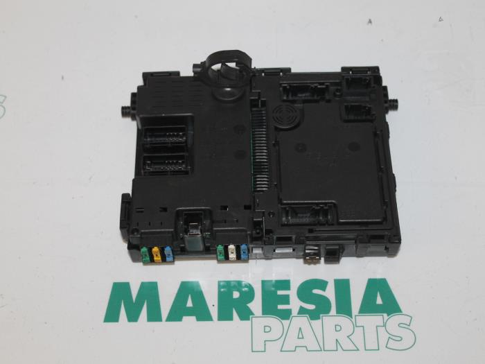 used peugeot 206 (2a c h j s) 1 9 d fuse box 9626460880 maresia Peugeot 206 AC Fuse fuse box from a peugeot 206 (2a c h j s