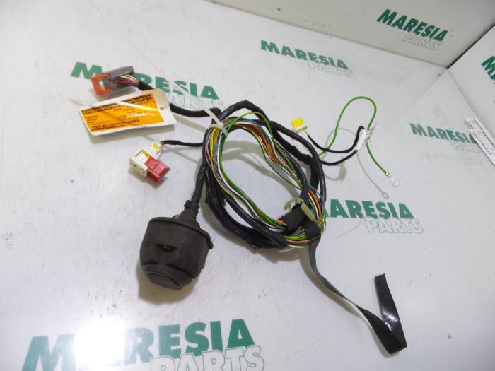 Awe Inspiring Used Peugeot 3008 I 0U Hu 1 6 Vti 16V Towbar Wiring Kit Wiring Database Ittabxeroyuccorg