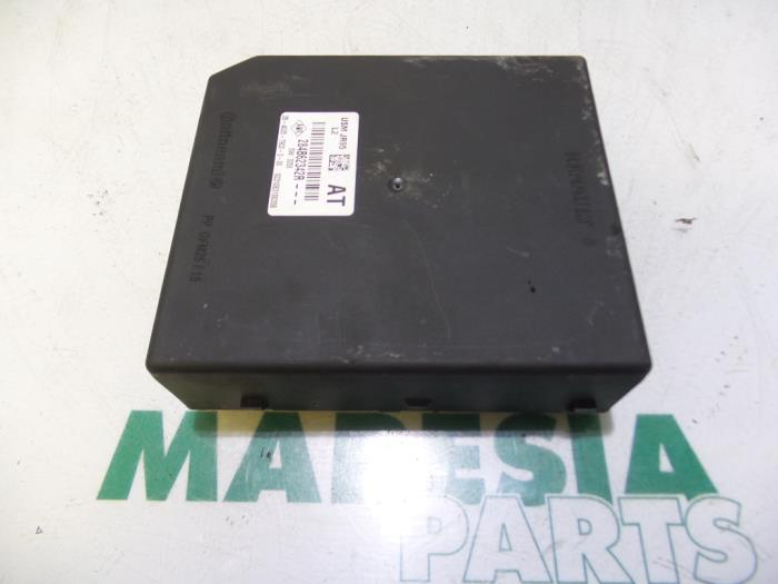 Used renault grand scénic iii jz dci fuse box