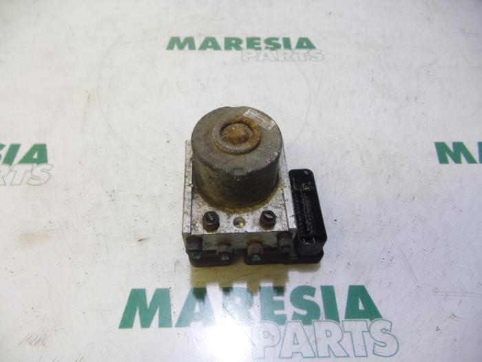gebrauchte citroen c2 jm 1 1 abs pumpe 9652182680 hfx maresia parts. Black Bedroom Furniture Sets. Home Design Ideas
