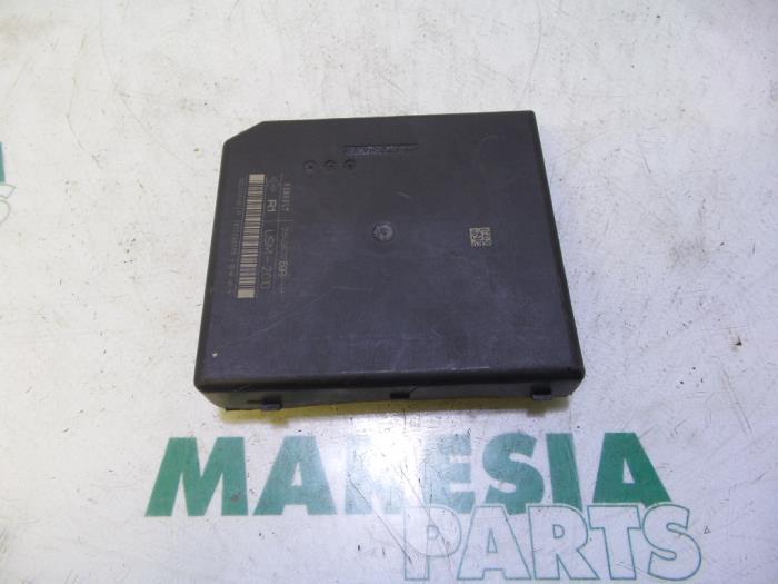 used renault megane fuse box 284b62069r maresia parts Renault Duster fuse box from a renault megane 2015
