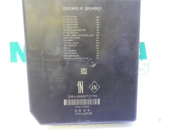 Used Renault Megane Fuse box - 284B66727R - Maresia Parts ... on