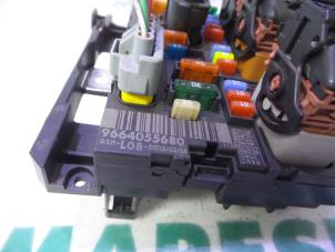 8353321 additionally Wiring Harness besides Fuses And Fuse Boxes also 401293305680 also 8356199. on citroen c4 fuse box price