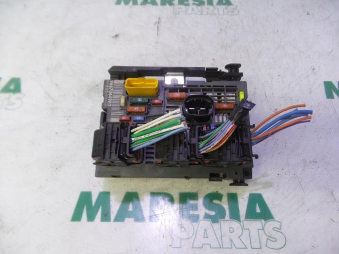 used peugeot 5008 i 0a 0e 2 0 hdif 16v fuse box bsmr02 maresia rh proxyparts com
