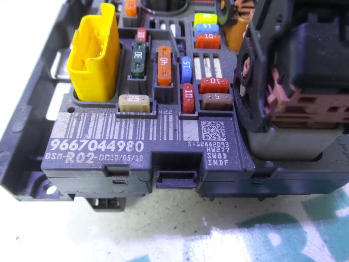 used peugeot 5008 i (0a/0e) 2.0 hdif 16v fuse box ... peugeot 5008 fuse box