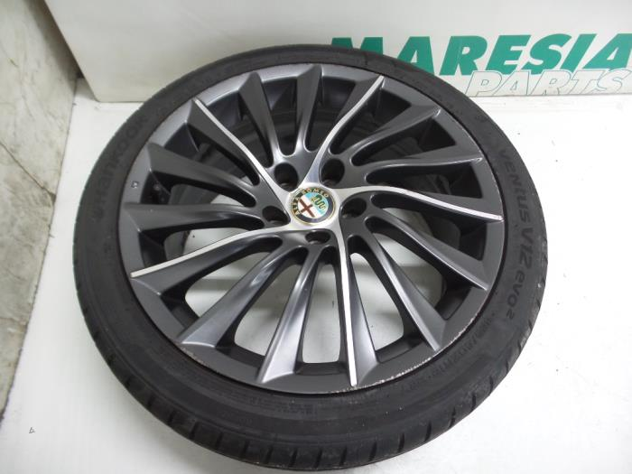 Used Alfa Romeo Giulietta 940 14 Tb 16v Multiair Wheel
