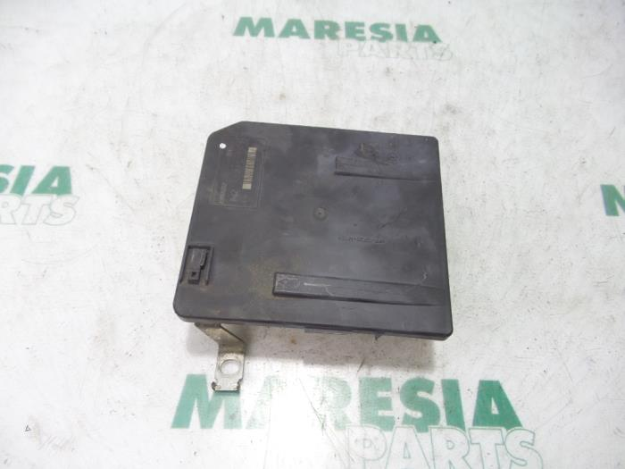 fuse box from a renault megane scenic (used)