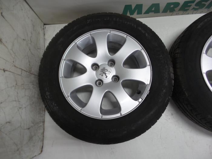 Used Peugeot 307 Sw 3h 16 16v Set Of Sports Wheels