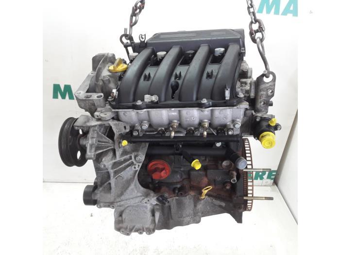 Renault 1 4 16v motor vélemények
