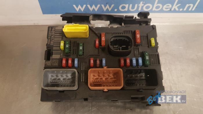 fuse box from a citro�n c3 (fc/fl/ft) 1 4 hdi 2006