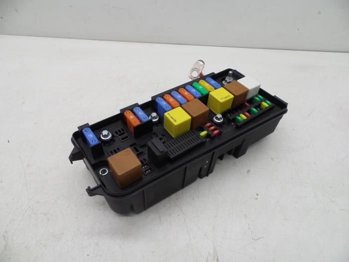 saab 9 3 fuse box 2006 used saab 9 3 03 fuse box 12757685 auto demontage elferink  used saab 9 3 03 fuse box 12757685
