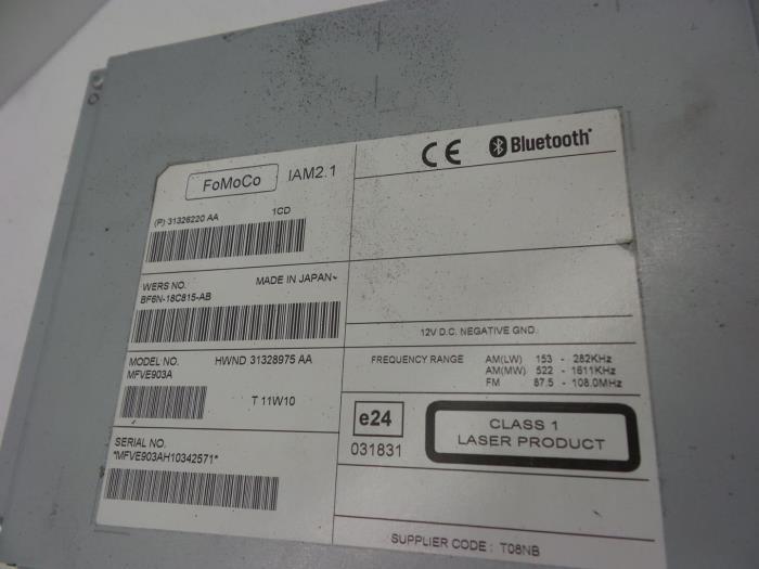 Used Volvo S60 II (FS) 2 0 D3 20V Radio CD player - 31328975