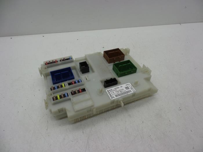 used volvo xc60 (dz) 3.0 t6 24v awd fuse box - 31327994 - auto demontage  elferink b.v. | proxyparts.com  proxyparts.com