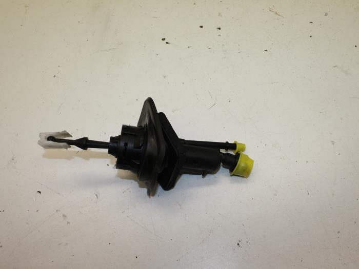 Clutch Master Cylinder for VOLVO S40 1.6 1.8 2.0 2.4 2.5 04-on T5 D D3 D4 D5 MS