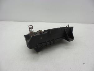 gebrauchte opel astra h l48 1 6 16v accubox 316778539 auto demontage elferink b v. Black Bedroom Furniture Sets. Home Design Ideas