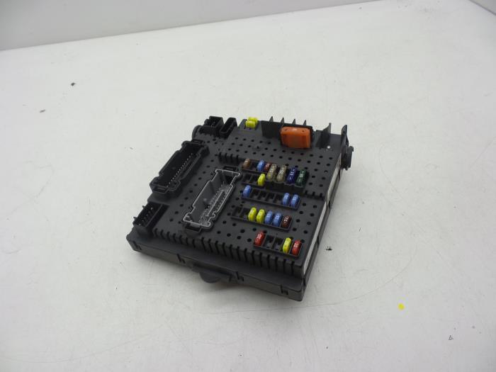 Fuse Box On Xc90 : Used volvo xc i d v fuse box  auto
