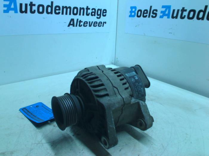 Dynamo from a BMW 3 serie (E36/2) 316i 1994