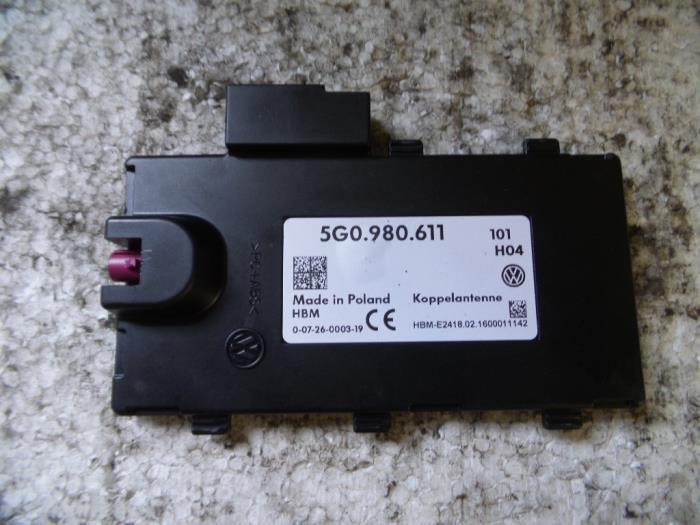Used Volkswagen Passat Variant (3G5) 1 6 TDI 16V Antenna Amplifier