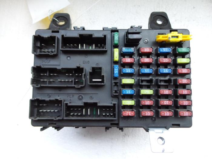 1 used hyundai getz 1 5 crdi 12v fuse box 911981c010 hyundai getz fuse box location at n-0.co