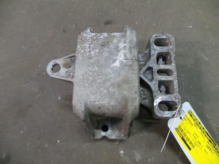 Usagé Audi A3 8l 19 Tdi 110 Support Moteur 1j0199555 Ahf