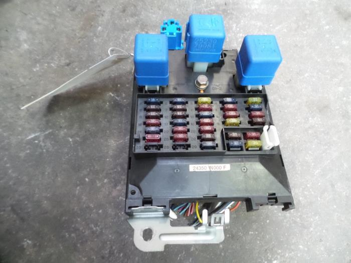 0 Nissan Almera N Fuse Box on half tonner, 350z ipdm, sentra 06 passenger compartment,