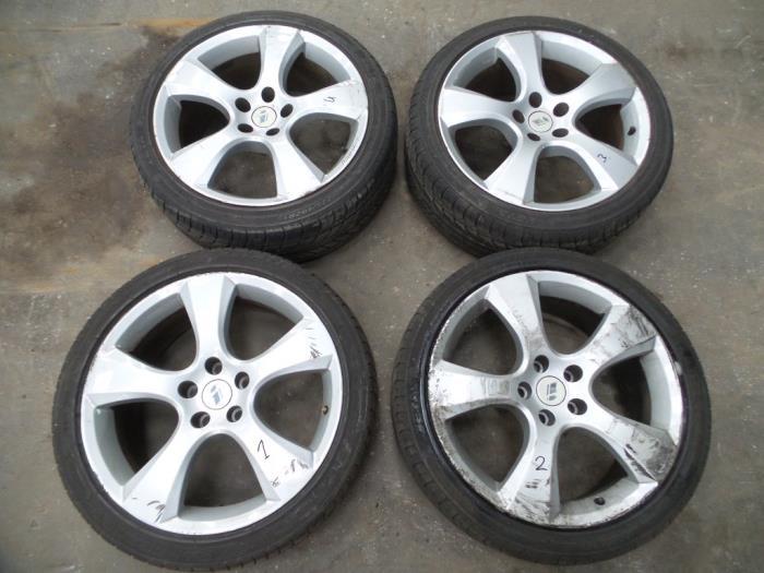 Used Opel Zafira M75 22 16v Direct Ecotec Set Of Wheels
