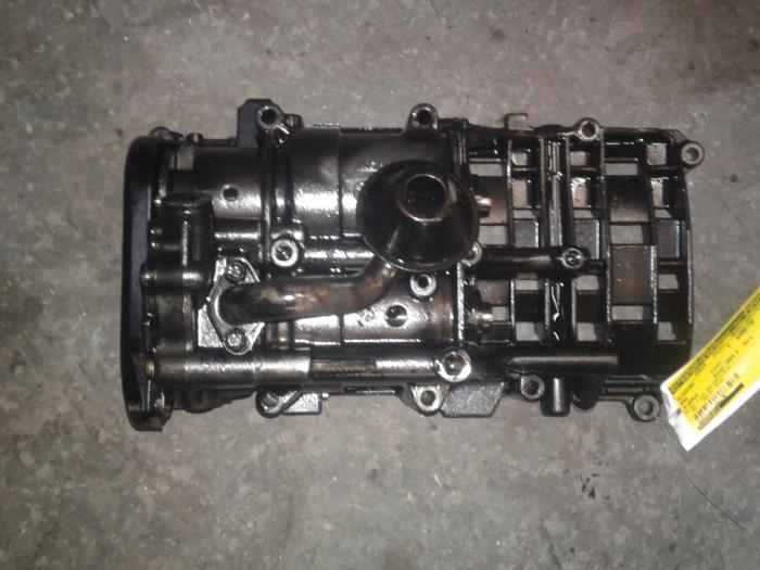 Used BMW 3 serie (E46/4) 320d 16V Oil pump - 8056052011