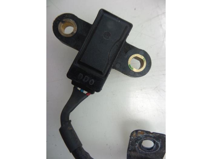 Used Hyundai i10 (F5) 1 1i 12V Crankshaft sensor - 393102700