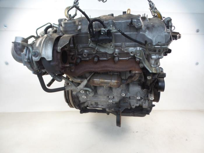 Engine from a Toyota Corolla Verso (R10/11) 2.2 D-4D 16V 2007