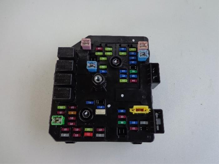 Used Chevrolet Captiva  C140  2 2 D 16v 4x4 Fuse Box - 3675u