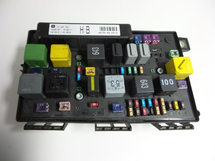 astra fuse box location used opel astra h gtc (l08) 1.3 cdti 16v ecotec fuse box ... 06 astra fuse box location