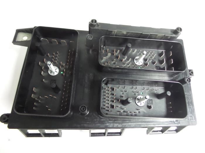 Fuse Box For Vauxhall Astra 2007 : Used opel astra h gtc l cdti v ecotec fuse box
