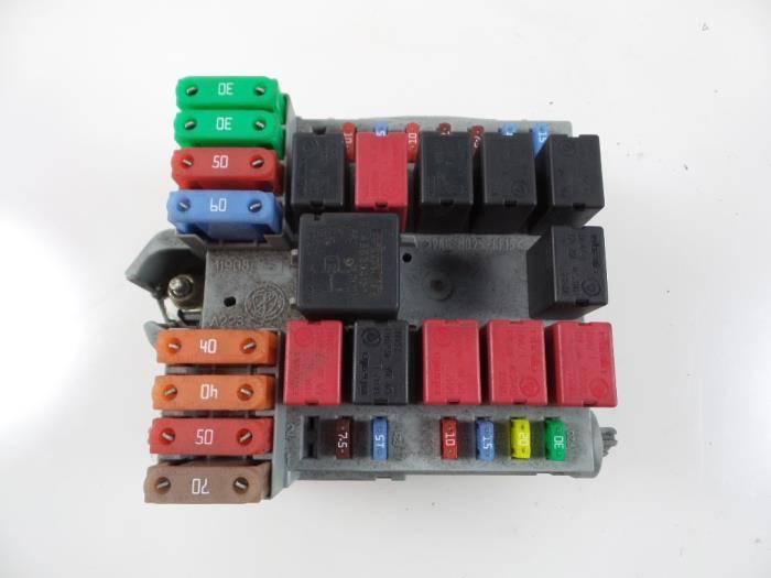 used peugeot boxer 244 2 8 hdi 127 fuse box 1332044080 rh proxyparts com Fiat Doblo Citroen Relay