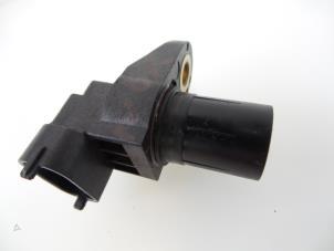 Anschlusszahl Nockenwellensensor f/ür Fahrzeugmotor f/ür W211 W203 W210 1996-2011 0041536928 Nockenwellensensor