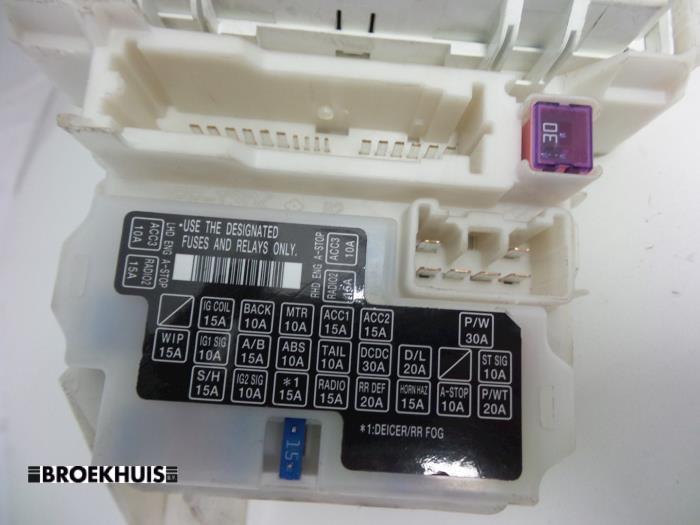 used suzuki splash 1 0 12v fuse box 3677085lc1 autobedrijf fuse box from a suzuki santana splash 1 0 12v 2012