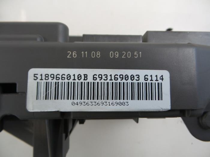 Used BMW X6 (E71/72) xDrive35d 3.0 24V Fuse box - 61149145115 ...
