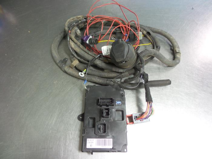 Picasso Towbar Wiring Diagram : Wiring a towbar citroen picasso residential electrical