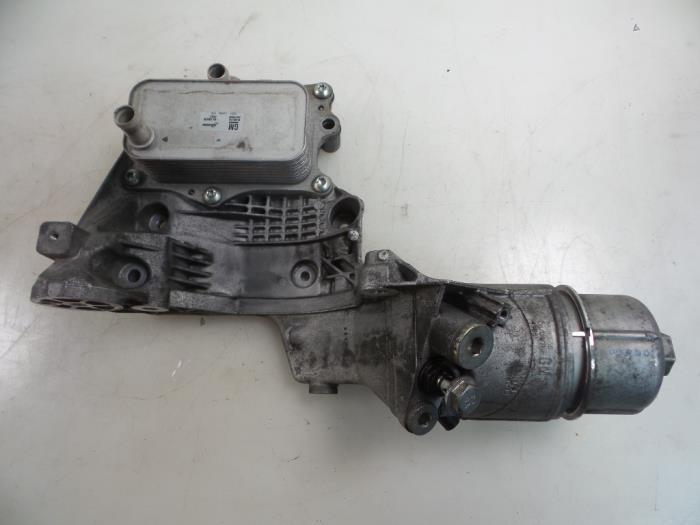 Used Chevrolet Captiva C140 22 D 16v 4x4 Oil Filter Housing