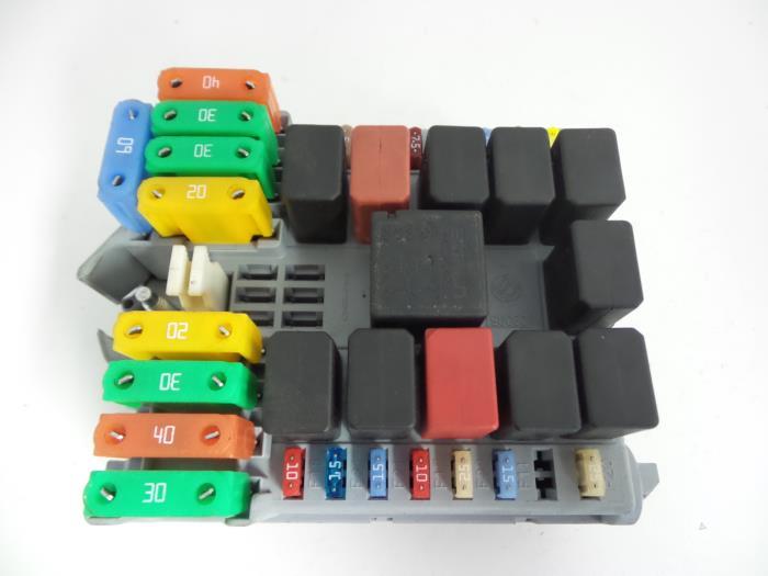 0 used iveco new daily iv 40c15 fuse box 69501171 autobedrijf 2009 iveco daily fuse box at honlapkeszites.co