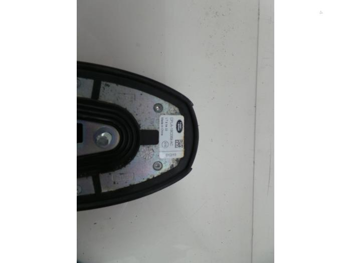 Used Landrover Discovery Sport (LC) 2 0 Si4 16V Antenna