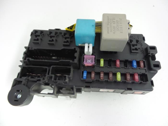 Daihatsu Charade Fuse Box