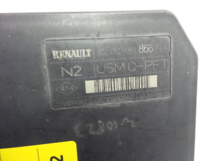 renault megane 07 fuse box wiring diagram Mitsubishi Endeavor Fuse Box used renault megane ii grandtour (km) 1 5 dci 85 fuse box