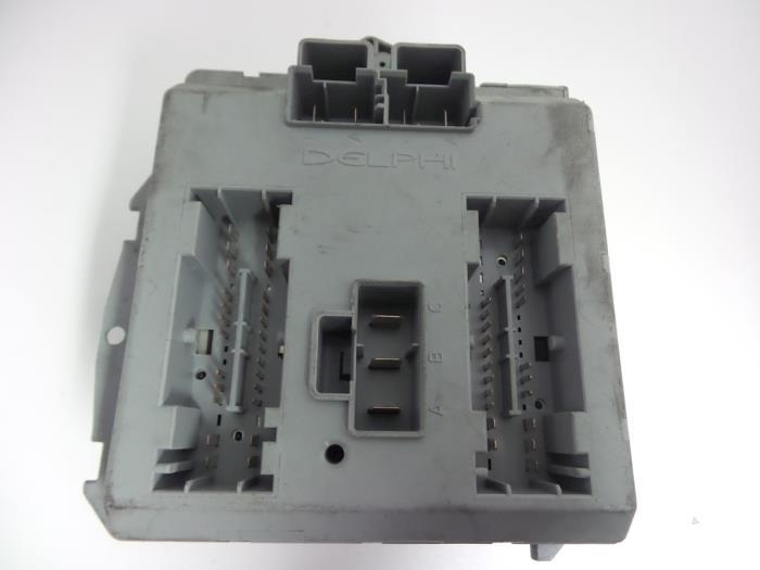 fuse box from a fiat punto ii (188) 1 3 jtd multijet 16v 2005