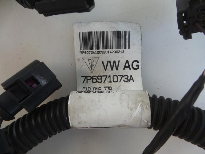 wiring harness from a volkswagen touareg (7pa/ph) 3 0 tdi v6 24v  bluemotion