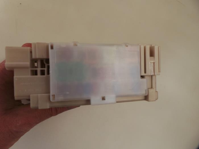 used citroen c1 1 0 vti 68 12v fuse box